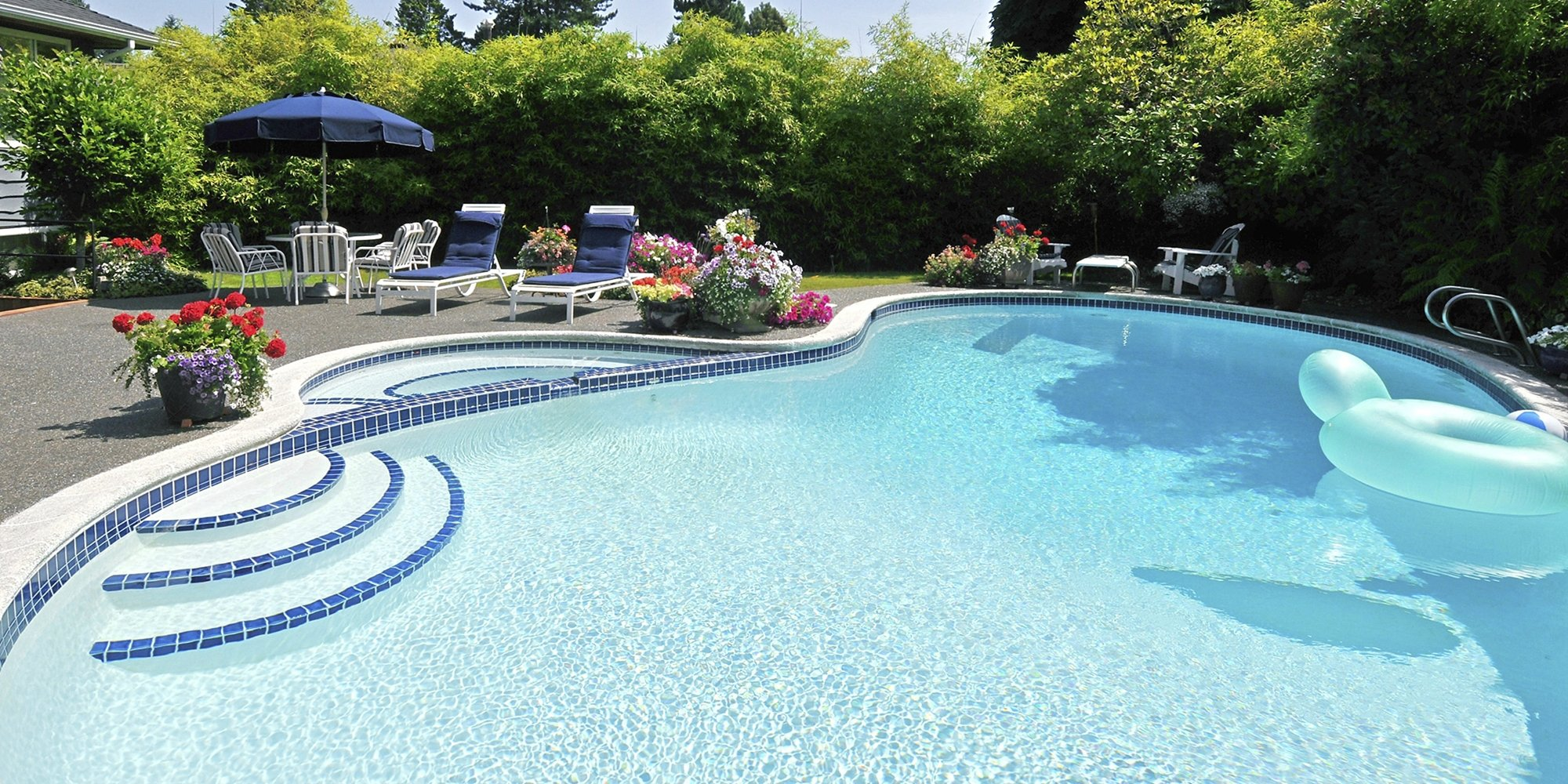 Swimming pool renovations aaa pool service for Pool renovations
